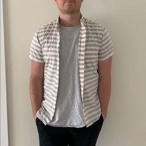 GAP Striped Short Sleeve Button Down Shirt